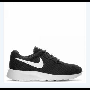 Nike Black and White Tanjun Running Sneakers 7.5